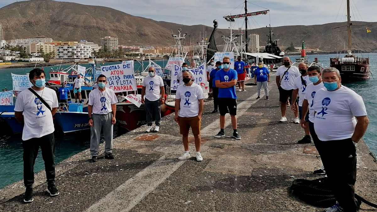 Los pescadores profesionales de Los Cristianos en Tenerife, piden más cuota de tuna para poder subsistir