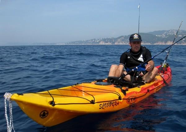Pesca en kayaks, prohibida en el borrador del Real Decreto Pesca Recreativa